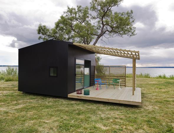 Mini house dalla svezia la casa che si costruisce in 48 for Mini mansions houses