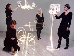 Le Front 'disegnano' la collezione 'Sketch furniture'. Photo Courtesy of Friedman Benda and Front.