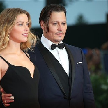 venezia-72-Johnny-Depp-Amber-Heard-black-mass-2015-1